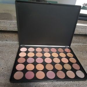 Morphe 35T Dope Taupe Artistry Palette